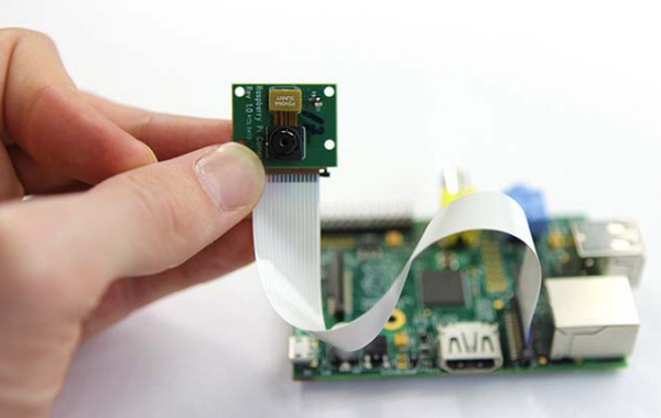 Add Raspberry Pi camera as your friend in Instant Messenger ...